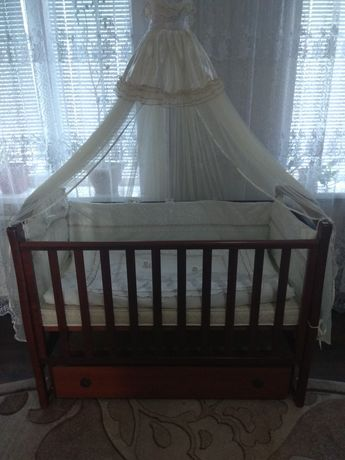 Дитяче ліжечко, детская кроватка