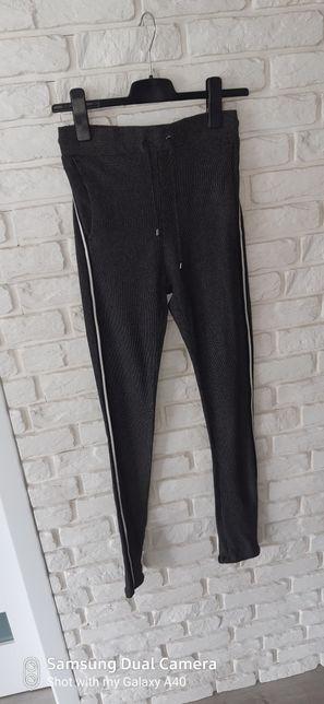 Spodnie damskie r. S