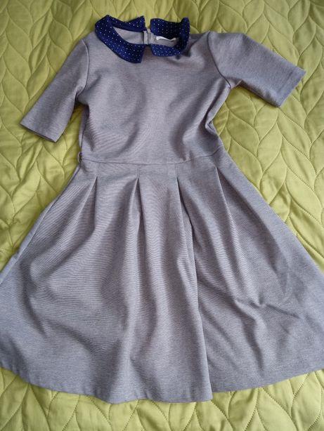 Sukienka r.146