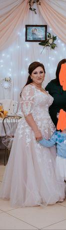 Suknia slubna z rekawkiem ,ivory,plus size 42/44/46