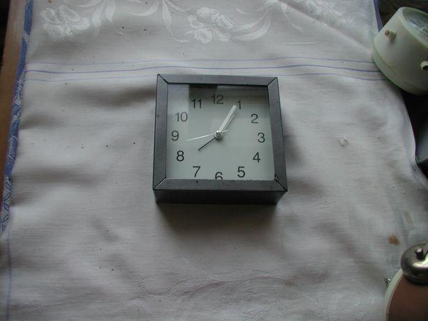 часы будильник Грмания