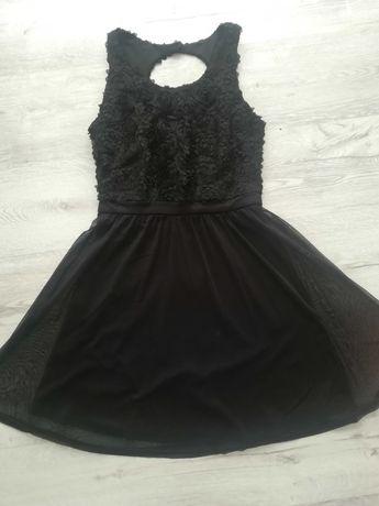 Elegancka czarna sukienka, RÓŻE, RESERVED