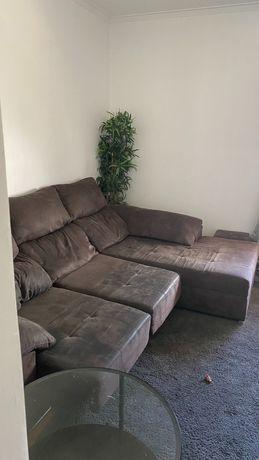 Vendo sofá retrátil e reclinável