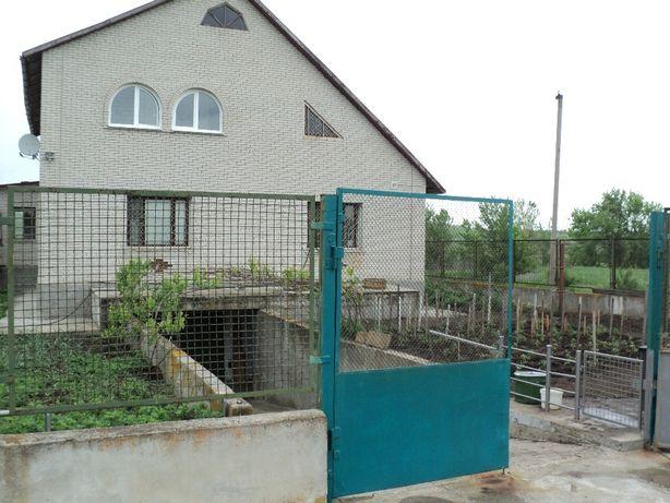 Продам Двухэтажный дом Вольнянский район с. Терновка