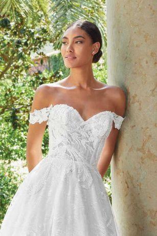 Zjawiskowa koronkowa suknia ślubna sincerity