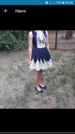 Sukienka r. 38 .