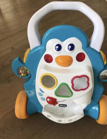 Каталка-ходунки толкар Chicco Первые шаги Пингвин- игрушка