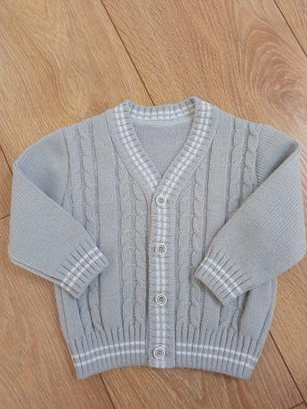 Sweterek dla chłopca r. 80