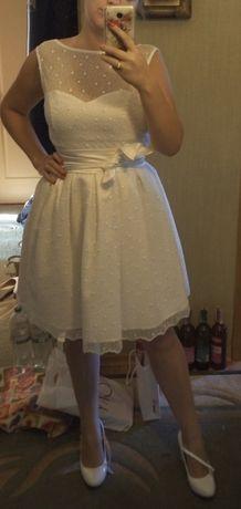 Продам очень красивое и нежное платье