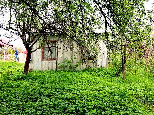 Дача с. Жирівка з деревяним будиночком