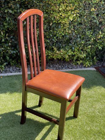 4 cadeiras Madeira