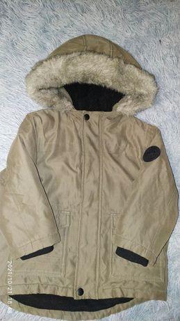 Курточка 3-4 года