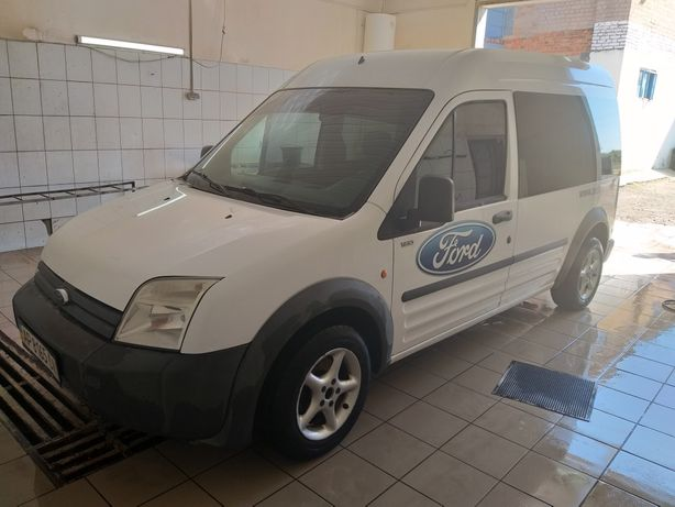 Продам авто Ford transit cannect