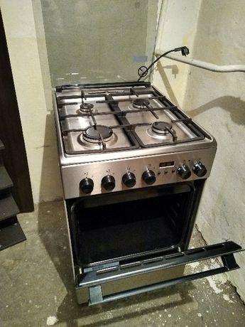 Kuchenka gazowa z piekarnikiem elektrycznym Elektrolux
