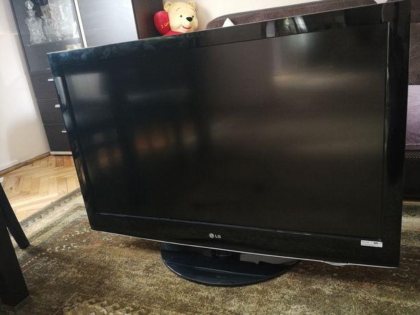 Telewizor lg 42LH 3000 uszkodzony