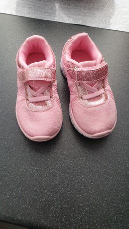 Adidaski różowe rozmiar 22 jak nowe buciki