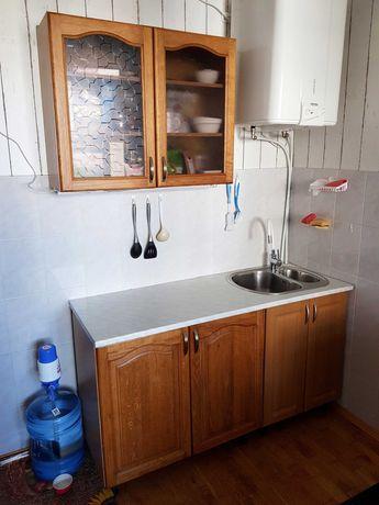 Кухня, кухонный гарнитур, дерево, 150 см.