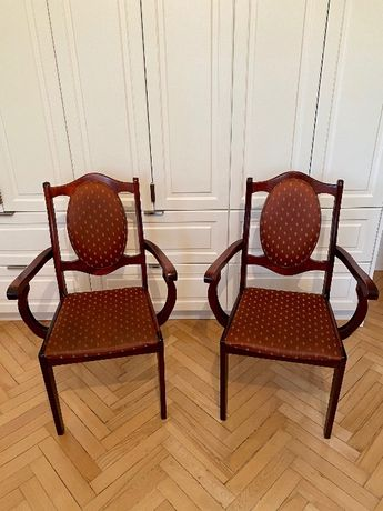 Sprzedam DWA krzesła drewniane tapicerowane