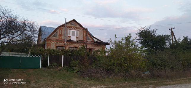 Продається будинок в селищі Гриців