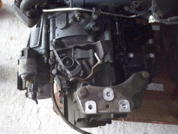 Caixa de 6 Velocidades Audi A3 8p e Vw Golf V 2.0 Tdi