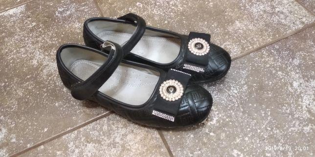 21 см-туфли в школу, кроссовки,мокасины 21см.