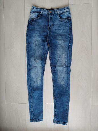 Damskie jeansy - Cropp (rozmiar M/38)