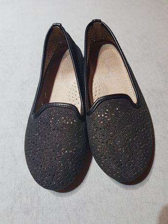 Buty baleriny czare ażurowe brokat 34