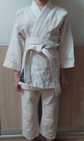 Продам кимоно, состояние нового Matsa