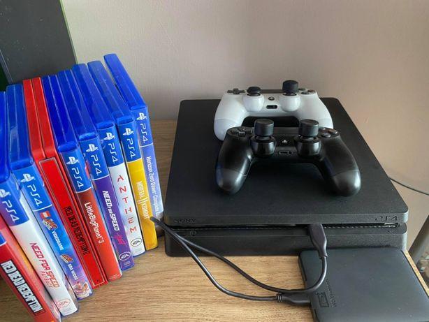 PS4 SLIM 500 GB | 2 Pady | Dysk 1,5 TB | 38 Gier