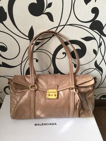 Кожаная сумка miu miu Prada оригинал original бежевая сумка