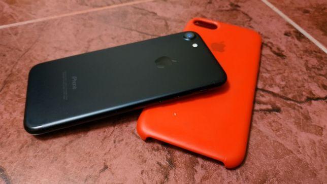 iPhone 7 32 Гб идеальное состояние