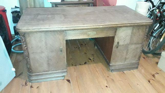biurko drewniane stare