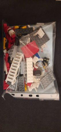 Klocki LEGO City Wóz strażacki z drabiną 60107.