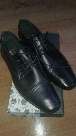 Buty męskie nowe