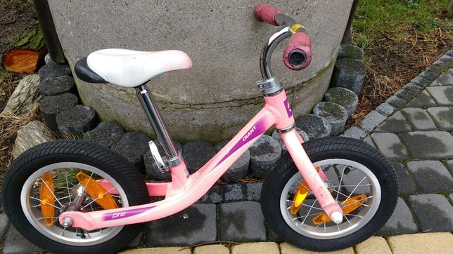"""Rowerek biegowy Giant koła 12"""" aluminium dla dziewczynki"""