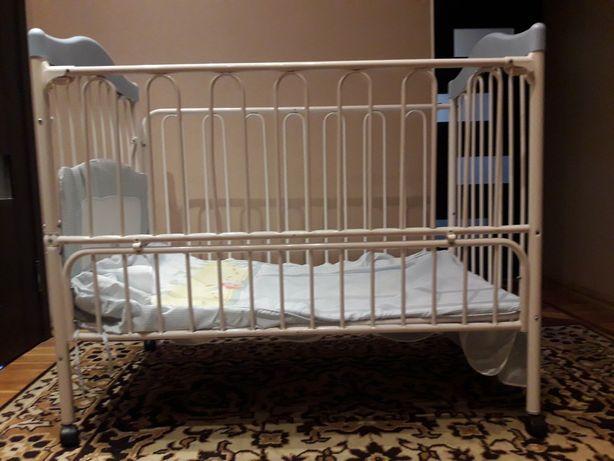 Кроватка-трансформер детская Geoby с матрасом, постельным и бортиками