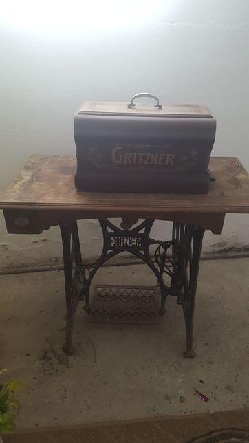 Zabytkowa maszyna GRITZNER