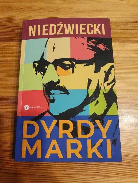 Dyrdy Marki, Marek Niedźwiedzki