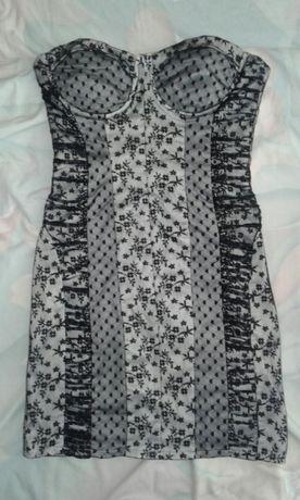 Платье нарядное гипюр