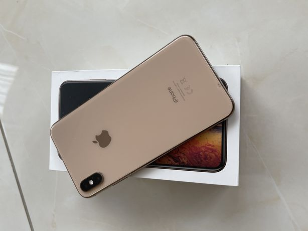 iPhone XS max,64GB