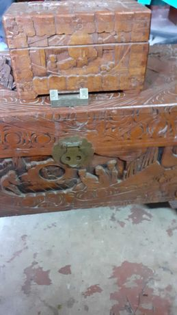 Arca madeira africa canfora