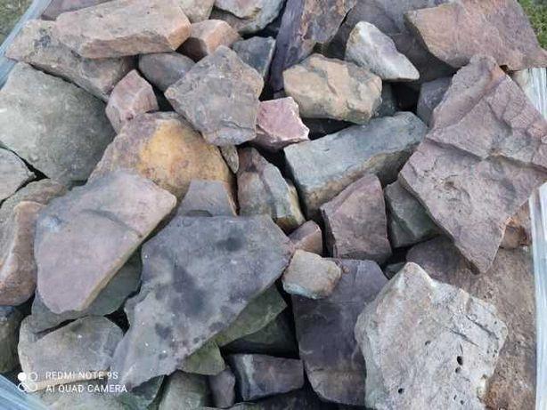 kamień ogrodowy piaskowiec