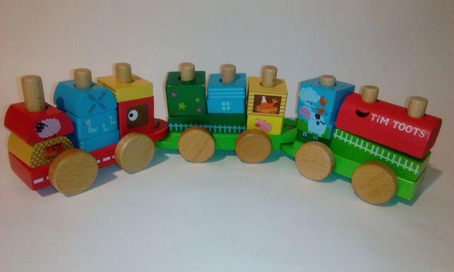 Ciuchcia pociąg kolejka z drewnianych klocków
