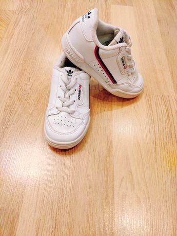 Кроссовки Adidas белые кожаные