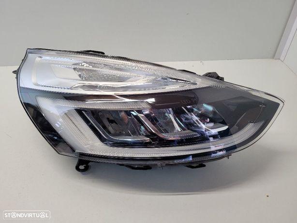 Farol direito Renault Clio IV 4 LED 260100274R FACELIFT