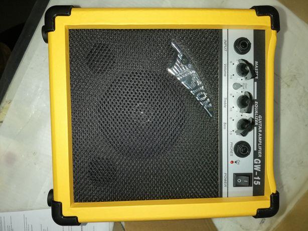 Amplificador de guitarra e outros cordofones.