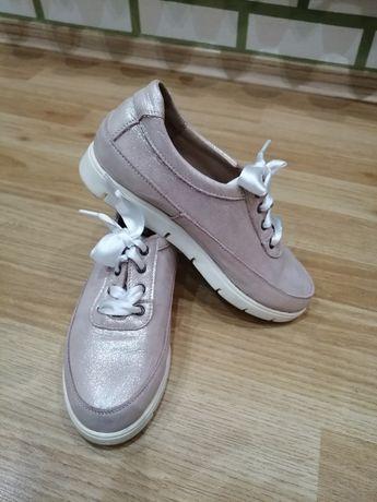 Туфли детские на шнуровке