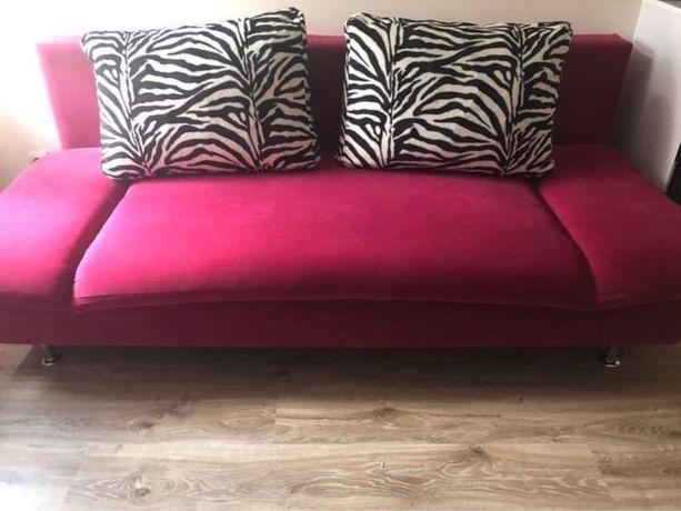 Idealna różowa kanapa rozkładana