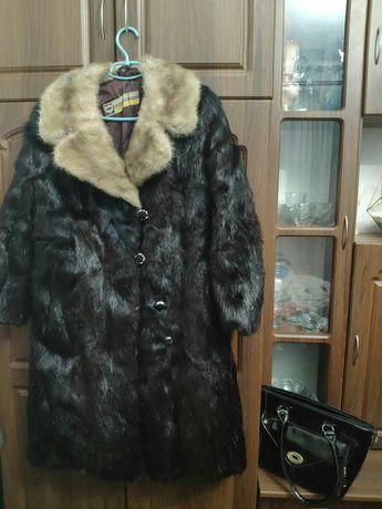 Пальто—шуба з нутрії