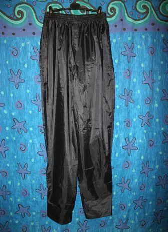 Мотодождевики штаны,влагостойкие,ветронепроницаемые XL р Polyamid